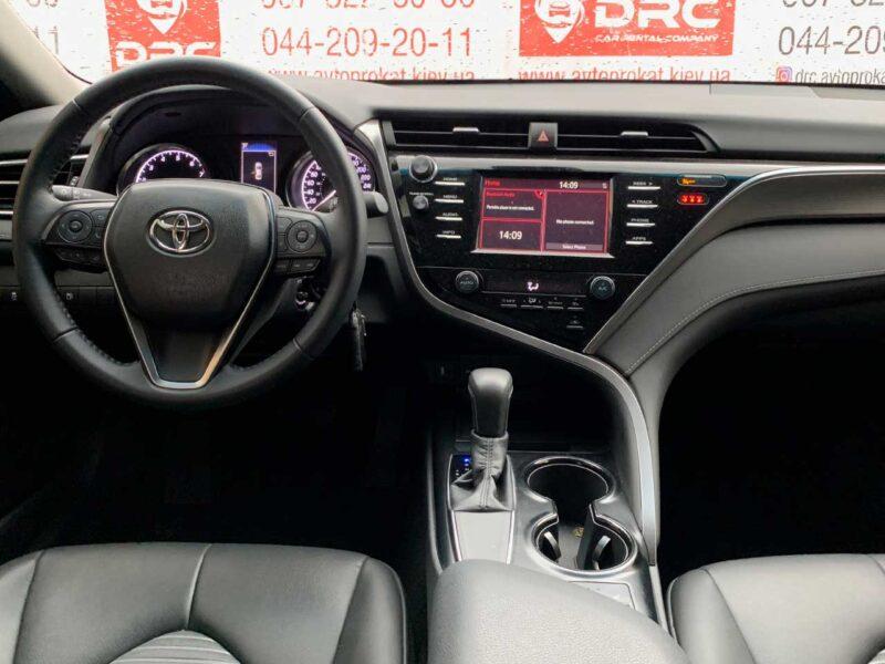 Прокат авто Toyota Camry