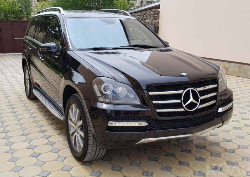 SUV for rent Mercedes GL