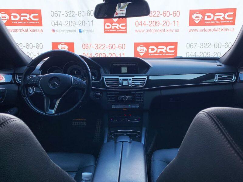 Прокат авто Mercedes E250